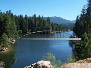Engineer's concept for a pedestrian bridge over Wagon Creek on the Lake Siskiyou trail.