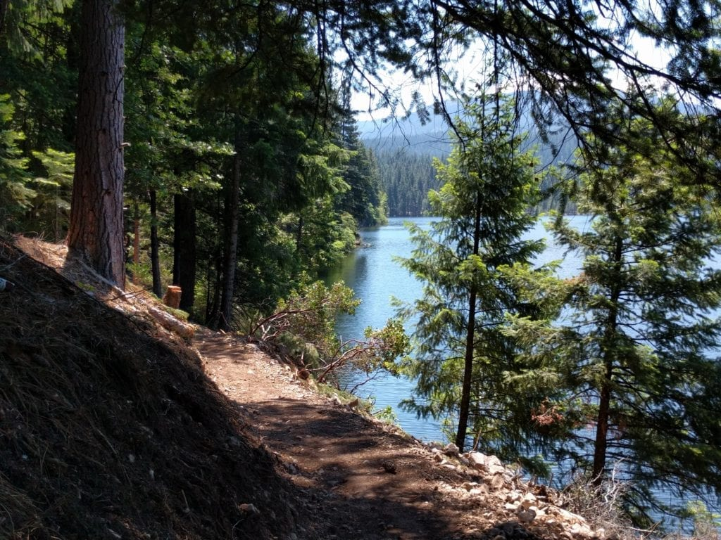 Lake Siskiyou Trail - Chalets Section